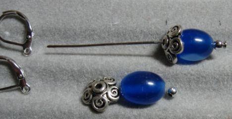 Slide beads on the headpin