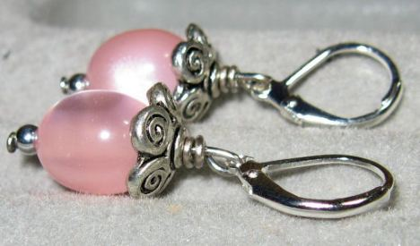 Earrings by Lindsay Weirich 2008