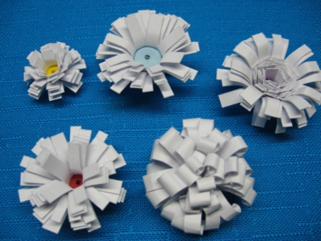 plain but pretty quilled flowers!