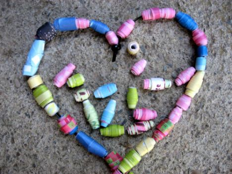 Easy paper beads!
