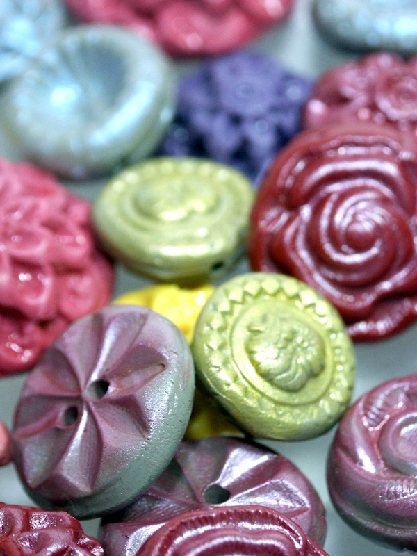 I think making homemade molds and buttons is a great way to spend an evening!