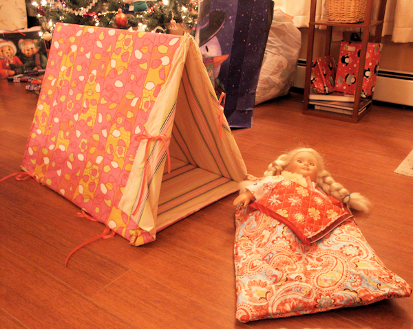 The flaps are tricky after I made the tent I assembled it and traced the end onto newspaper and used it as a template to make the flaps then I sewed each ... & Tutorial: Make a Sleeping Bag and Tent for an American Girl Doll ...