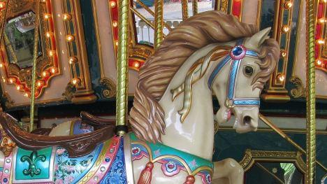 wooden-horse-1746813_1920